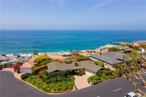 Photo of 33 LAGUNITA DR Drive, Laguna Beach, CA 92651 (MLS # LG21014306)
