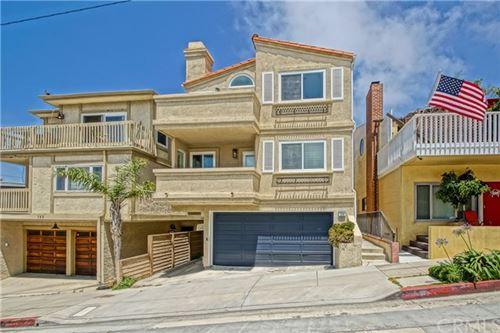Photo of 129 38th Street, Manhattan Beach, CA 90266 (MLS # SB21025306)