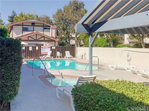 Photo of 18435 Keswick Street #24, Reseda, CA 91335 (MLS # SR20239306)