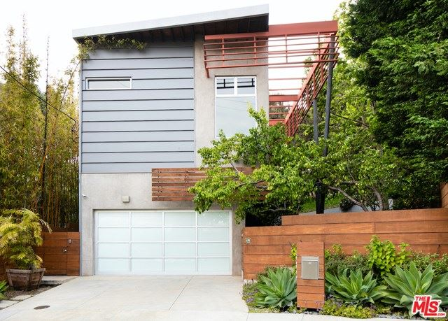 Photo of 562 STASSI Lane, Santa Monica, CA 90402 (MLS # 20576306)