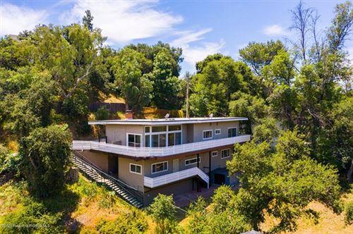 Photo of 2040 Hilldale Drive, La Canada Flintridge, CA 91011 (MLS # 820002307)