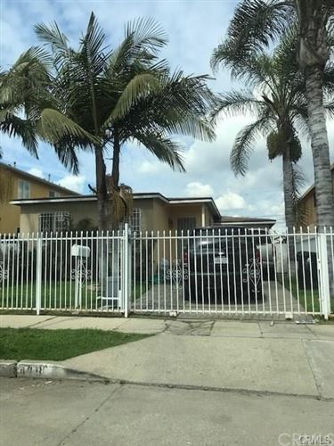 Photo of 419 E 105th Street, Los Angeles, CA 90003 (MLS # DW21170307)