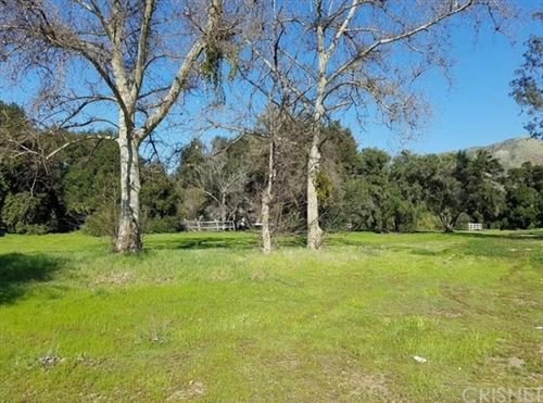 Photo of 0 Warmsprings Rd., Canyon Country, CA 91387 (MLS # SR21066307)