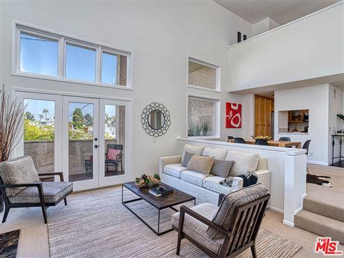 Photo of 1133 9Th Street #304, Santa Monica, CA 90403 (MLS # 21780308)