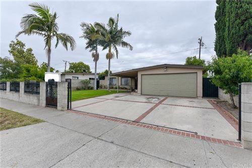 Photo of 1506 Richland Avenue, Santa Ana, CA 92703 (MLS # PW21121308)