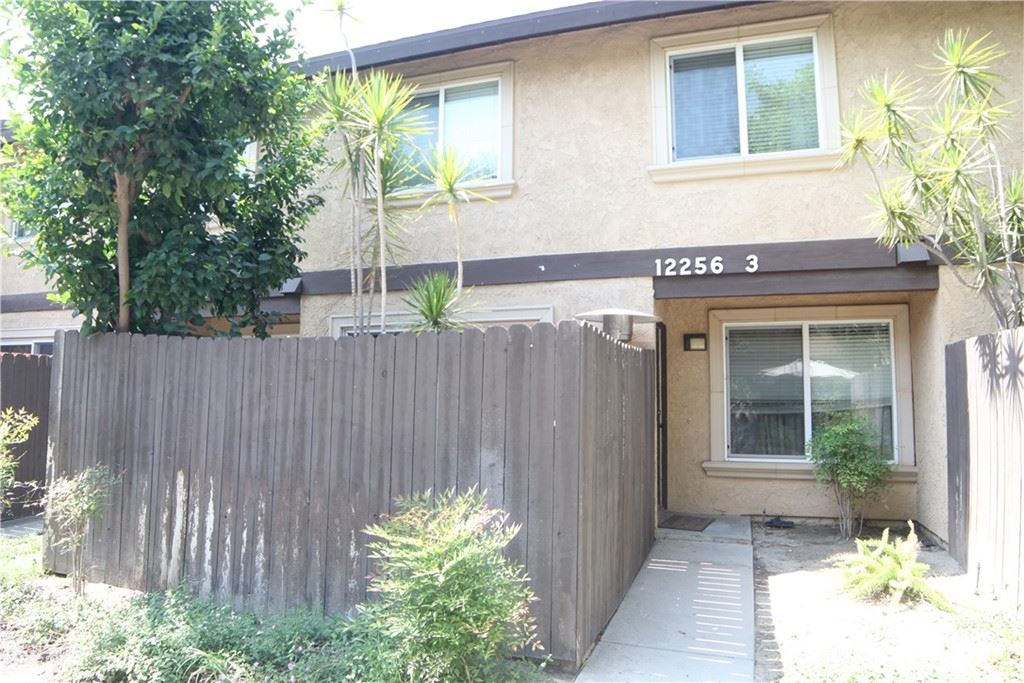 Photo for 12256 Runnymede Street #3, North Hollywood, CA 91605 (MLS # SR21204308)