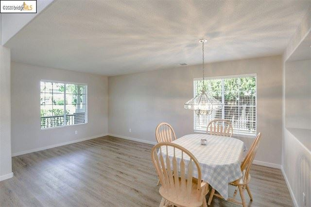 Photo of 2018 Hedge Ave, Brentwood, CA 94513 (MLS # 40906309)
