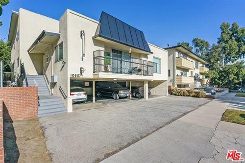Photo of 10657 Holman Avenue #2, Los Angeles, CA 90024 (MLS # 20658310)