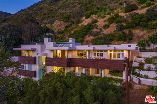Photo of 21070 Las Flores Mesa Drive, Malibu, CA 90265 (MLS # 21736310)