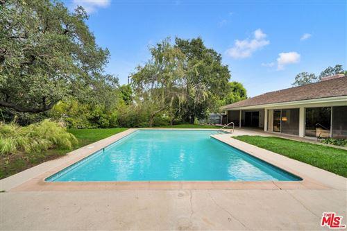Photo of 12637 Homewood Way, Los Angeles, CA 90049 (MLS # 21791310)