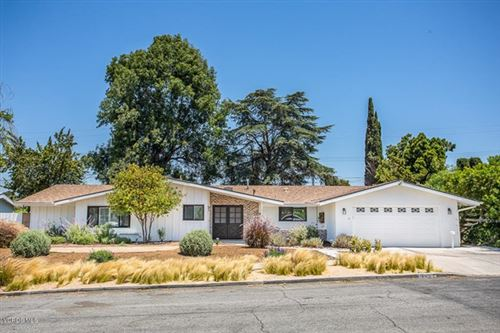 Photo of 1131 Coventry Drive, Thousand Oaks, CA 91360 (MLS # 220008310)