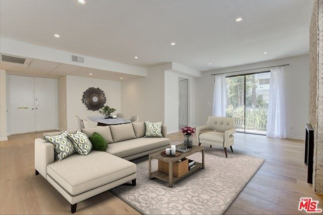 Photo of 152 S Oakhurst Drive #101, Beverly Hills, CA 90212 (MLS # 20611310)