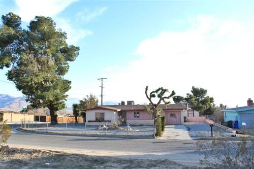 Photo of 23889 South Road, Apple Valley, CA 92307 (MLS # 521311)