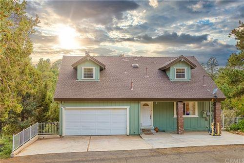Photo of 596 Villa Grove Avenue, Big Bear, CA 92314 (MLS # PW21211311)