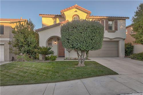 Photo of 17178 Monterey Pines Lane, Canyon Country, CA 91387 (MLS # SR21191311)