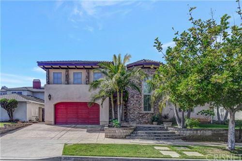 Photo of 3835 Elm Avenue, Long Beach, CA 90807 (MLS # SR20051312)