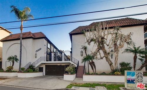 Photo of 14332 Dickens Street #23, Sherman Oaks, CA 91423 (MLS # 21678314)