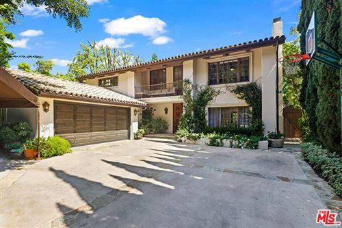 Photo of 826 Majorca Place, Los Angeles, CA 90049 (MLS # 21713314)