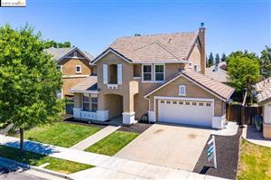 Photo of 560 Young Dr, Brentwood, CA 94513 (MLS # 40869315)