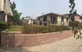 Photo of 327 E Plymouth Street, Inglewood, CA 90302 (MLS # SR20193315)
