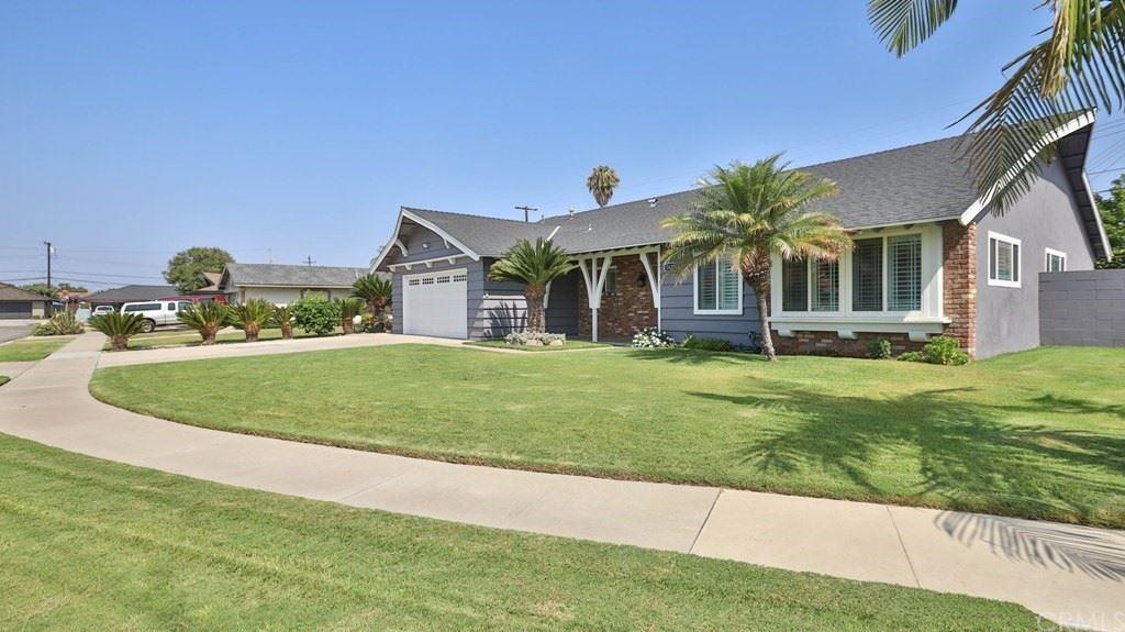 Photo of 2627 E Norm Place, Anaheim, CA 92806 (MLS # OC21165315)