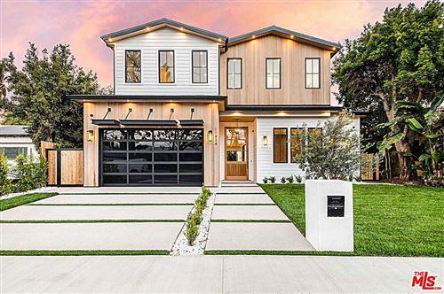 Photo of 11834 Pacific Avenue, Los Angeles, CA 90066 (MLS # 21763316)