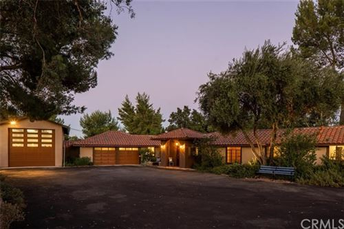 Photo of 145 Fairview Lane, Paso Robles, CA 93446 (MLS # NS20144316)