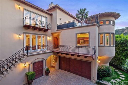 Photo of 15000 Sunstone Place, Sherman Oaks, CA 91403 (MLS # SR20100316)