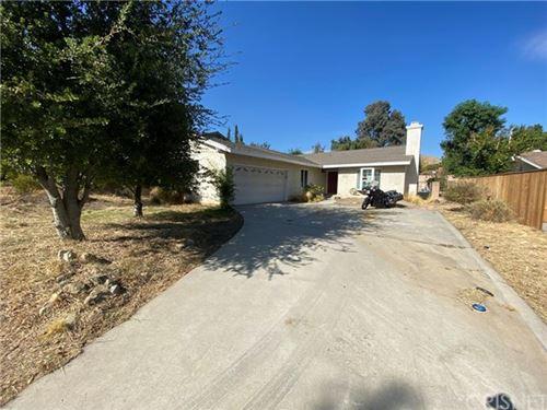 Photo of 17301 Boswell Place, Granada Hills, CA 91344 (MLS # SR20242316)