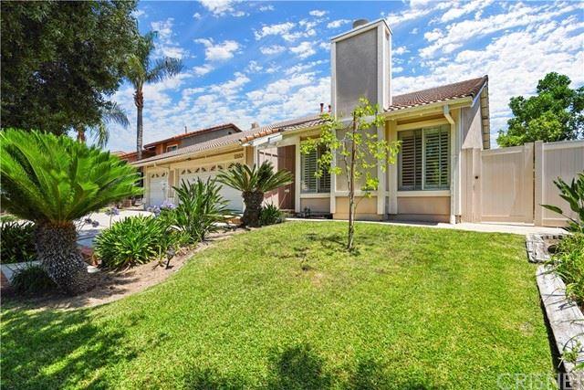 Photo of 13160 Constable Avenue, Granada Hills, CA 91344 (MLS # SR21148316)