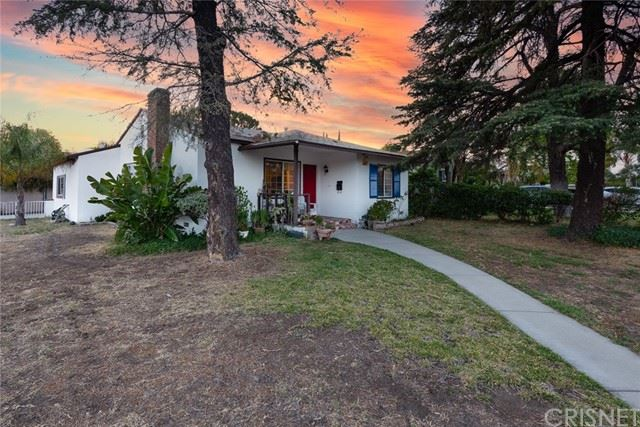 Photo of 6201 Kraft Avenue, North Hollywood, CA 91606 (MLS # SR21087317)