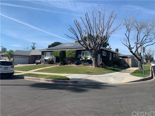 Photo of 10059 Mclennan Avenue, Granada Hills, CA 91343 (MLS # SR20050318)