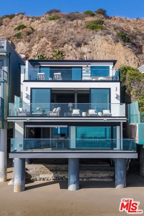 Photo of 23950 MALIBU ROAD, Malibu, CA 90265 (MLS # 20584318)