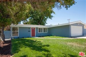 Photo of 19046 VICCI Street, Canyon Country, CA 91351 (MLS # 19488320)