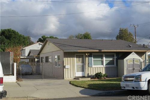 Photo of 10662 Shoshone Avenue, Granada Hills, CA 91344 (MLS # SR20260320)