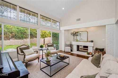 Photo of 2231 Knollcrest Place, Westlake Village, CA 91361 (MLS # V1-7320)