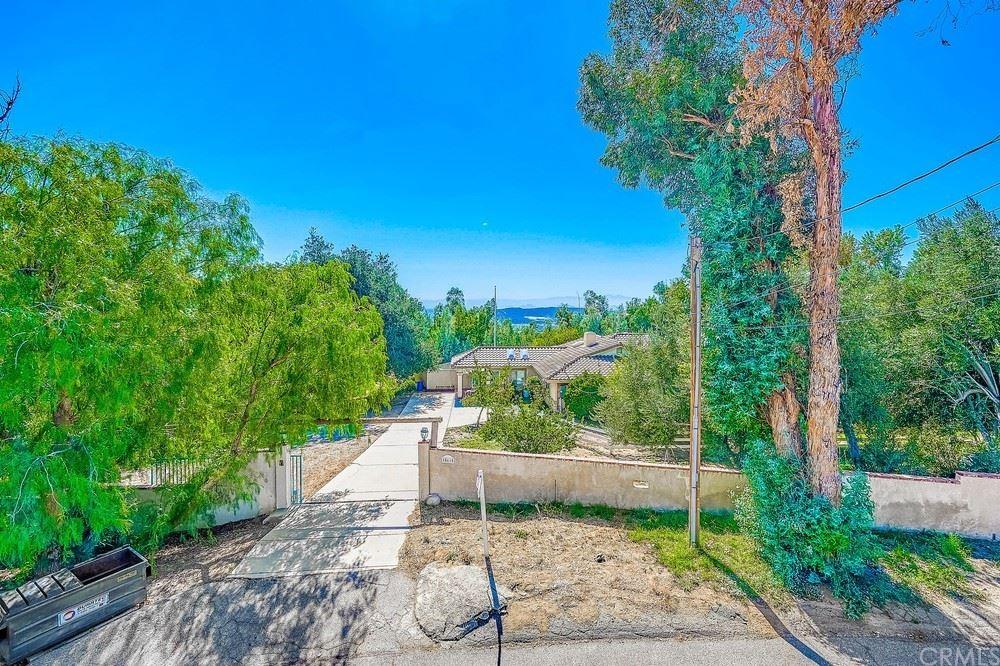 18615 Foothill Street, Devore, CA 92407 - MLS#: CV21217320
