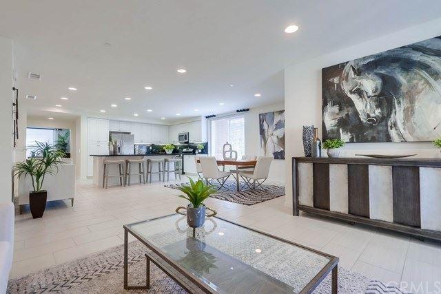 557 Rockefeller, Irvine, CA 92612 - MLS#: NP21094320