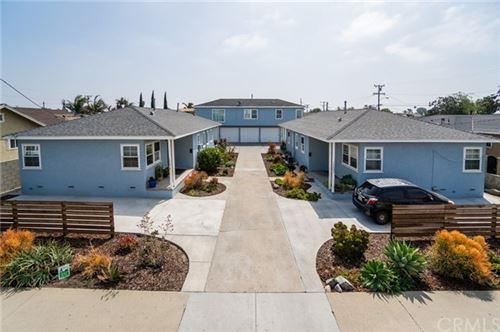 Photo of 10614 S Osage Avenue, Inglewood, CA 90304 (MLS # PF21091321)
