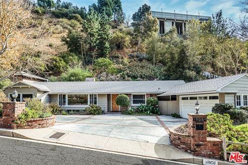 Photo of 10950 Verano Road, Los Angeles, CA 90077 (MLS # 21679322)