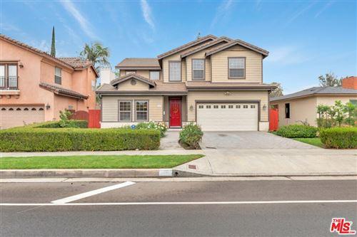 Photo of 4921 Fulton Avenue, Sherman Oaks, CA 91423 (MLS # 21793322)
