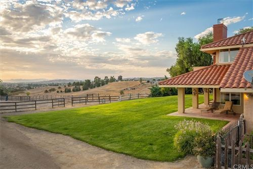 Photo of 4213 Highway 41 East, Paso Robles, CA 93446 (MLS # NS21203322)