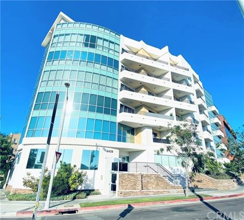 Photo of 3429 W Olympic Boulevard #403, Los Angeles, CA 90019 (MLS # PW21000322)
