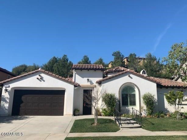 Photo of 6925 Shadow Wood Drive, Moorpark, CA 93021 (MLS # 221000322)