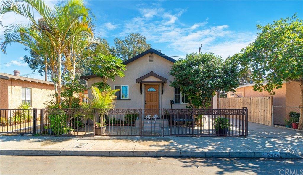 2424 Gale Avenue, Long Beach, CA 90810 - MLS#: PW21233322