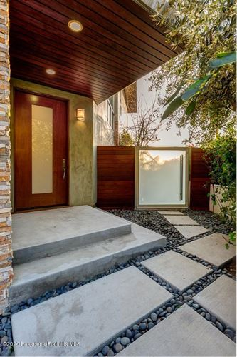 Photo of 1798 Thurber Place, Burbank, CA 91501 (MLS # 820000323)