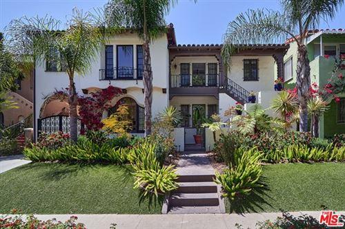 Photo of 1121 S Hayworth Avenue, Los Angeles, CA 90035 (MLS # 21728324)