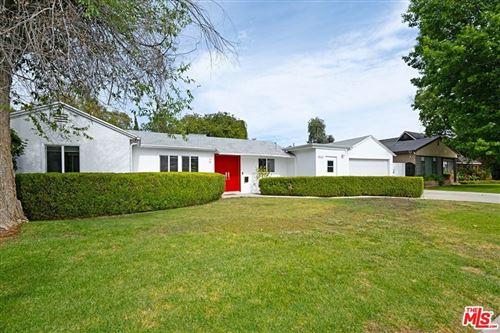 Photo of 4554 Matilija Avenue, Sherman Oaks, CA 91423 (MLS # 21764324)