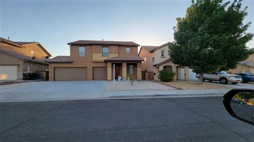 Photo of 14630 Equestrian Court, Victorville, CA 92394 (MLS # 539324)
