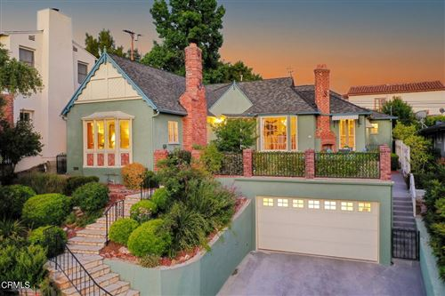 Photo of 1340 Loreto Drive, Glendale, CA 91207 (MLS # P1-5324)